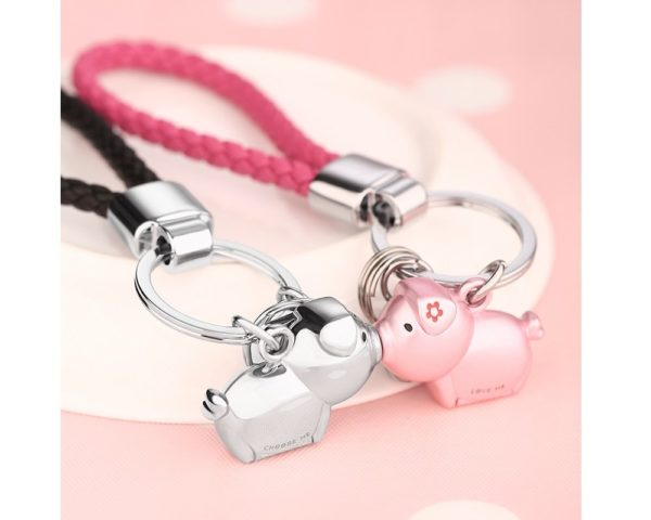 MILESI Destined Kiss Metal Piggy Keychain with magnetism one pair Valentine's Present (silver pink)